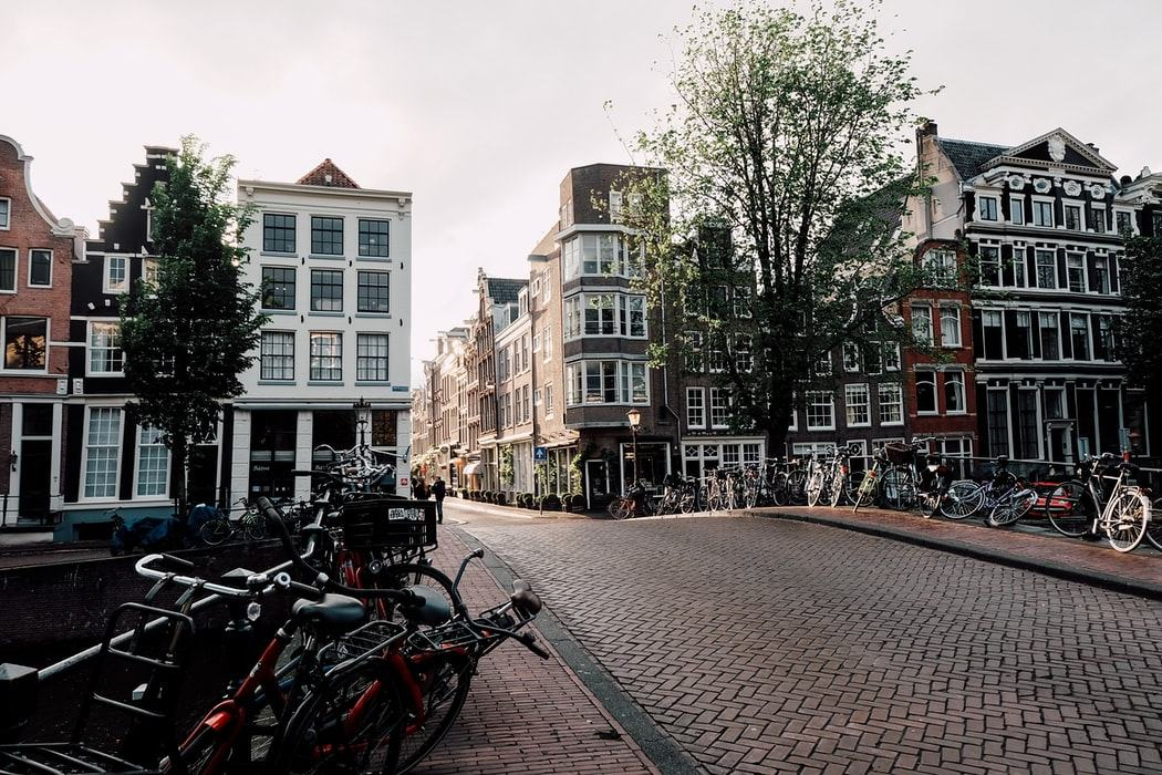 Бесплатный Амстердам
